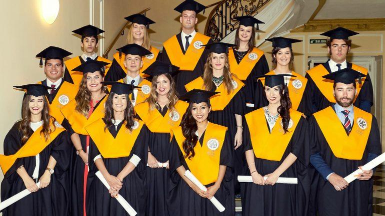 Promoción 2013-2016 Grados Foro Europeo