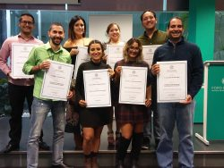 Entrega diplomas_Foro Europeo