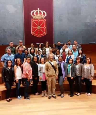 Alumnos Puerto Rico visitan Parlamento